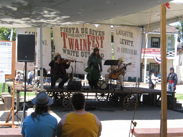 Musical entertainment on the main stage. Fiesta de Reyes presents TwainFest by Write Out Loud. Laughter, Levity and Literature.